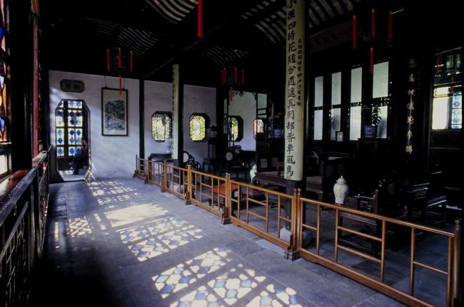 寺庙室内风景