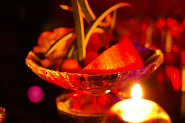 水果篮静物画-静物水果篮子和烛光摄影图模板下载 979623 饮食 食品和饮品