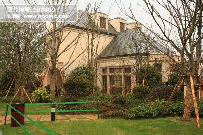 托玛士 上海托玛士 古龙城白天 白昼 天空 室外 风景 豪华 别墅 高贵