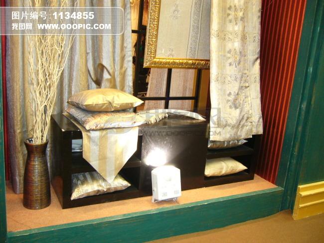 欧式家居纺织品橱窗展示