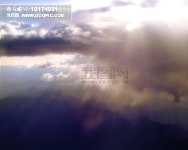 阳光透过云朵图片下载