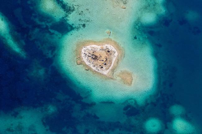 小岛图片模板下载 小岛图片图片下载 小岛 心形小岛 海洋之心 爱情岛