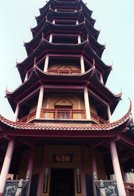 手绘古代建筑塔