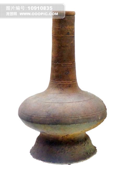 圈足扁腹长颈陶瓶