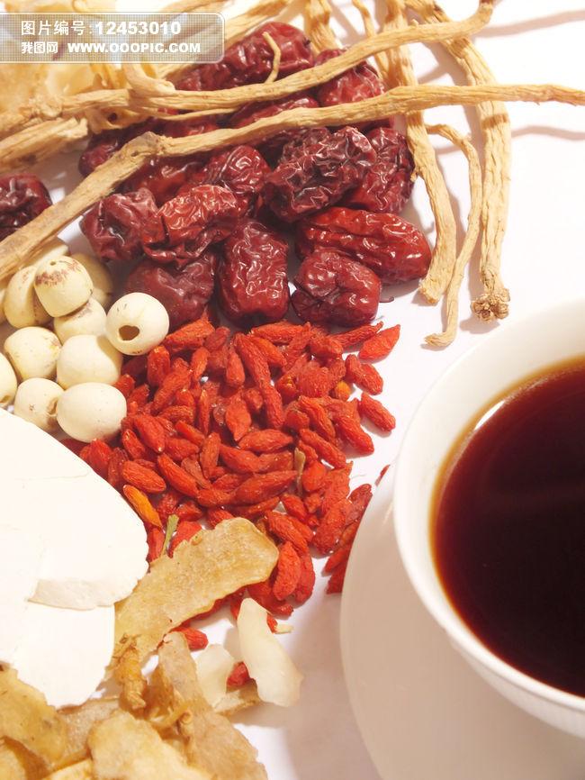 彩色图片 白背景 白色背景 静物 棚拍 影棚拍摄 一堆 食品 食物 药材