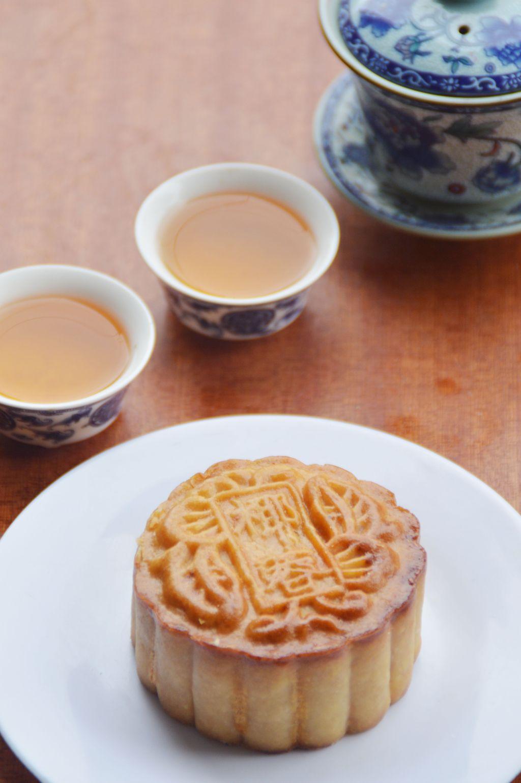 中秋月饼图片中图片下载 中秋月饼中秋节 甜食 盘子食品 食物 糕点
