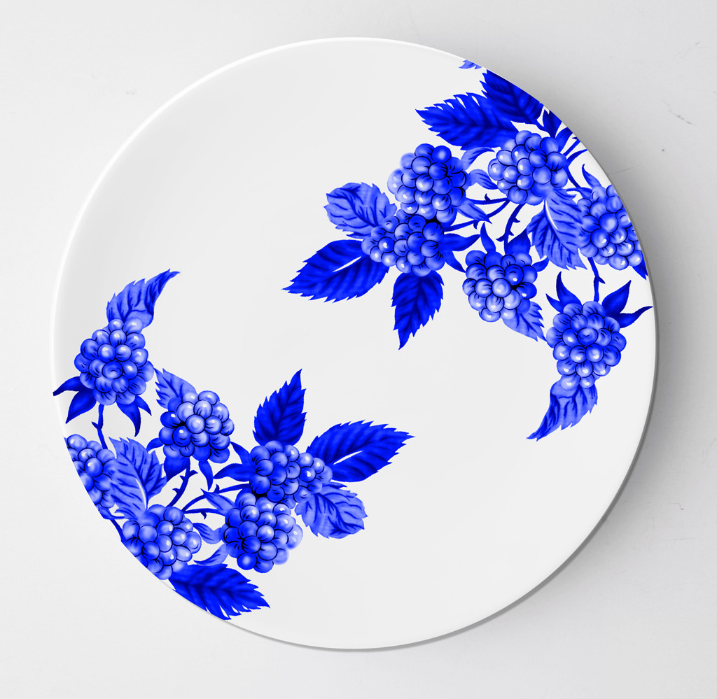 花朵果实青花瓷盘子设计