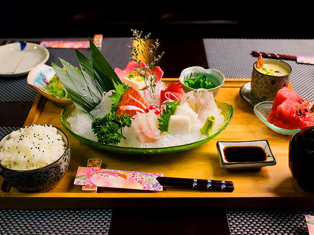 和民日式料理-美食单品海报设计