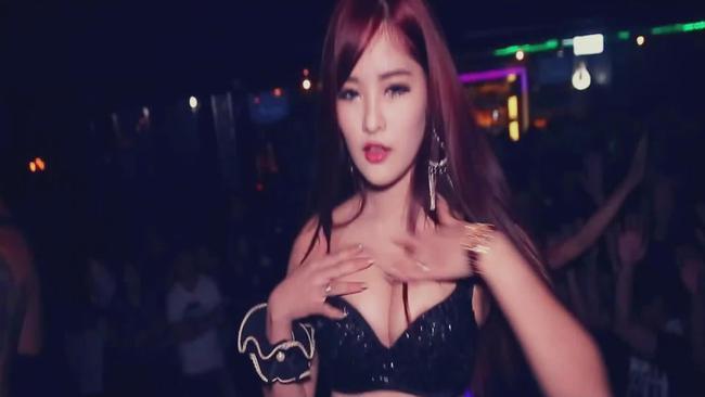 韩国酒吧夜店现场超嗨气氛