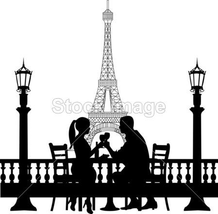 在巴黎埃菲尔铁塔前的浪漫情侣有晚餐剪影摄影图片