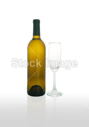 酒瓶和酒玻璃摄影图片下载
