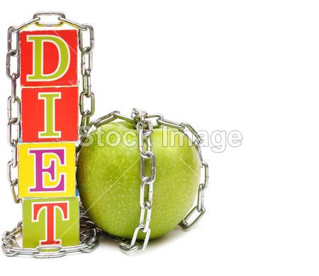 青苹果和多维数据集与信件-饮食、 白图片素材