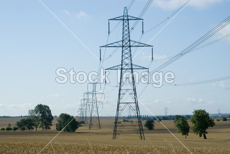 高压输电线铁塔摄影图片下载