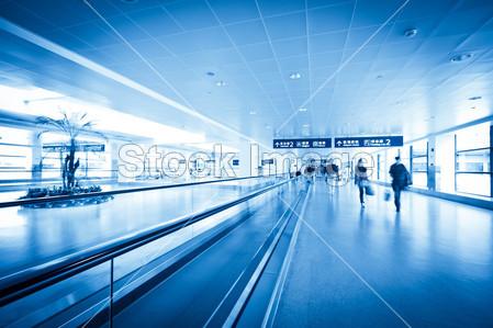 火车和飞机,这一概念的商务旅行背景图片素材
