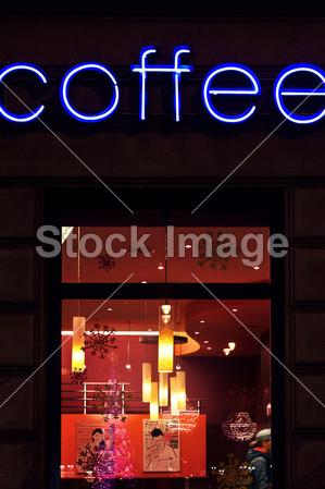 咖啡馆 自助餐厅 卡布奇诺 咖啡 意大利浓咖啡 玻璃 霓虹灯 招牌 窗口