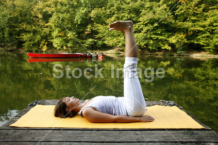 瑜伽虎式分解步骤